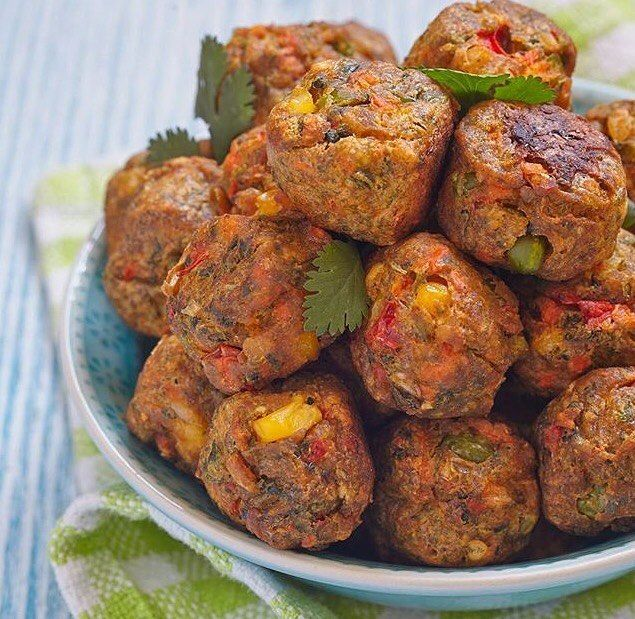 """Vegan """"no-meat"""" balls made of chickpeas chickpea flour corn peppers chilli and mixed herbs and spices. Flax seed to bind it. Check out @slim_vegan for more Vegan inspirations! by 6packbags Go Check Out Our Website For More Six Pack Fitness Bags! http://mealprepbags.com/product-category/six-pack-fitness/"""