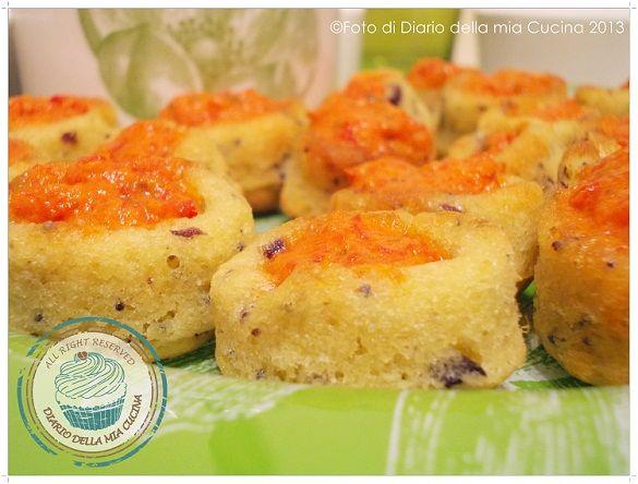 ©Diario della Mia Cucina - Ricette semplici, veloci e golose: Mini savarin con olive taggiasche e crema di peperoni