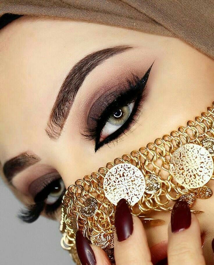 Pin By Foziatariq On Girls Dpz Arabic Makeup Arabic Eyes