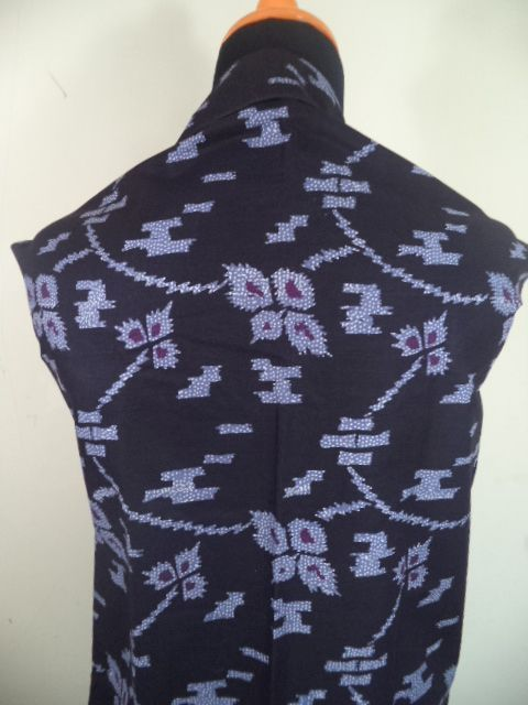 Kain Batik Motif Bunga Hitam Putih Batik Tulis Kombinasi cap tradisional handmade, bahan katun, ukuran: 1,15 x 2m