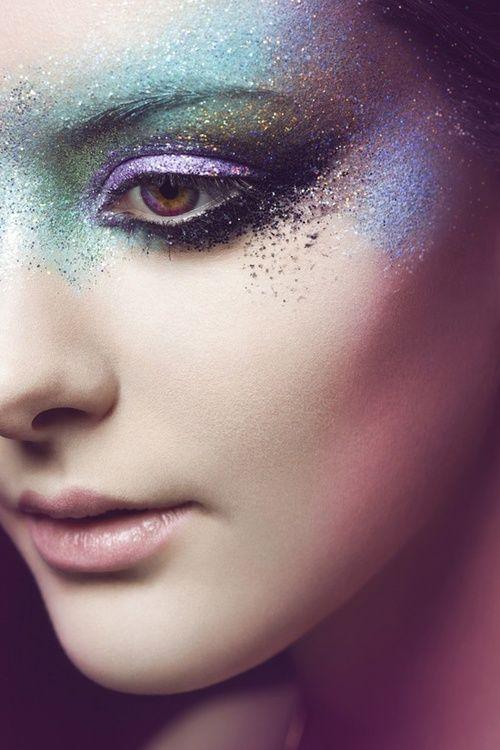 purple - green - eyes - ogen - make-up - color - face - gezicht - oogschaduw