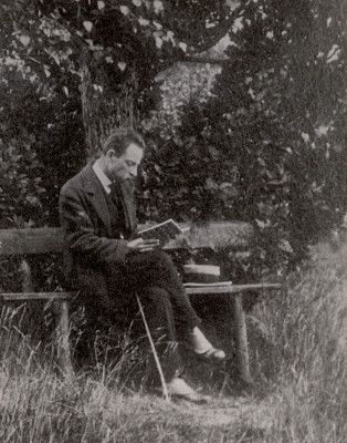 rainer maria rilke essay See more ideas about rainer maria rilke, literary quotes and poetry quotes   quoted by robert james waller in his essay romance in the book old songs.
