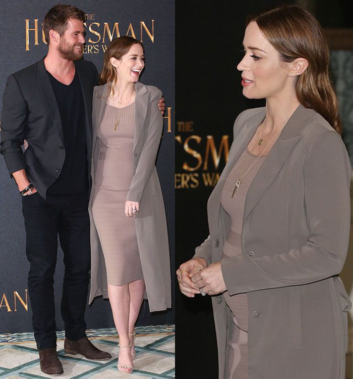 Pregnant Emily Blunt in Narciso Rodriguez taupe knit dress