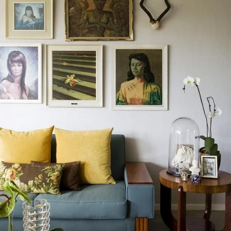 Tretchikoff painting in a Sandhurst (Johannesburg) apartment.