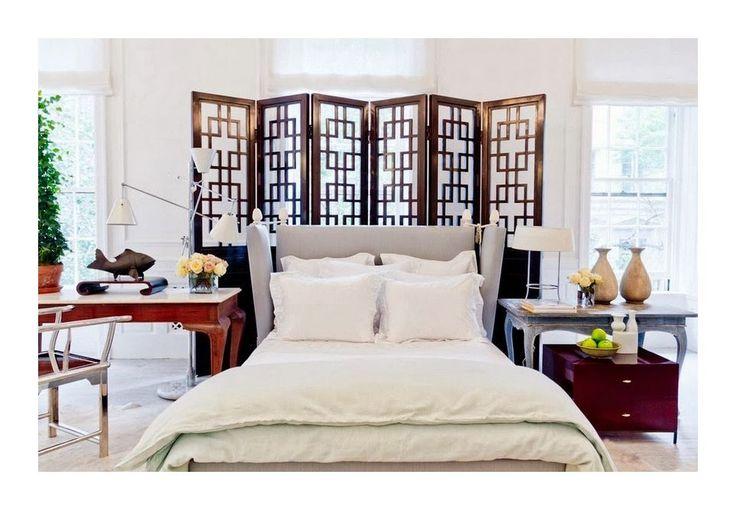 Мебель и предметы интерьера в цветах: серый, светло-серый, темно-коричневый, бежевый. Мебель и предметы интерьера в .