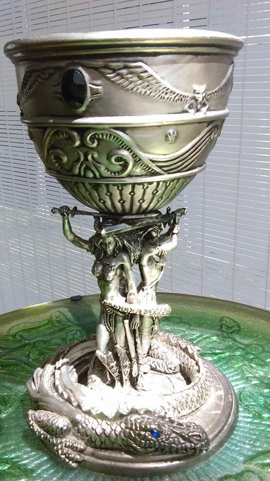 17 best images about drinking chalice on pinterest pewter nautilus shell and gothic - Pewter dragon goblet ...