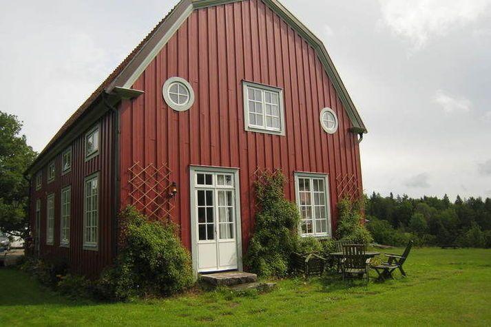 4 BR Narebo Gård Herrgård in Valdemarsvik, Sweden from $275/night @Roomorama