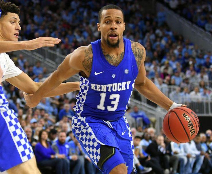 Kentucky Basketball: Briscoe, Monk Sweep SEC Weekly Awards