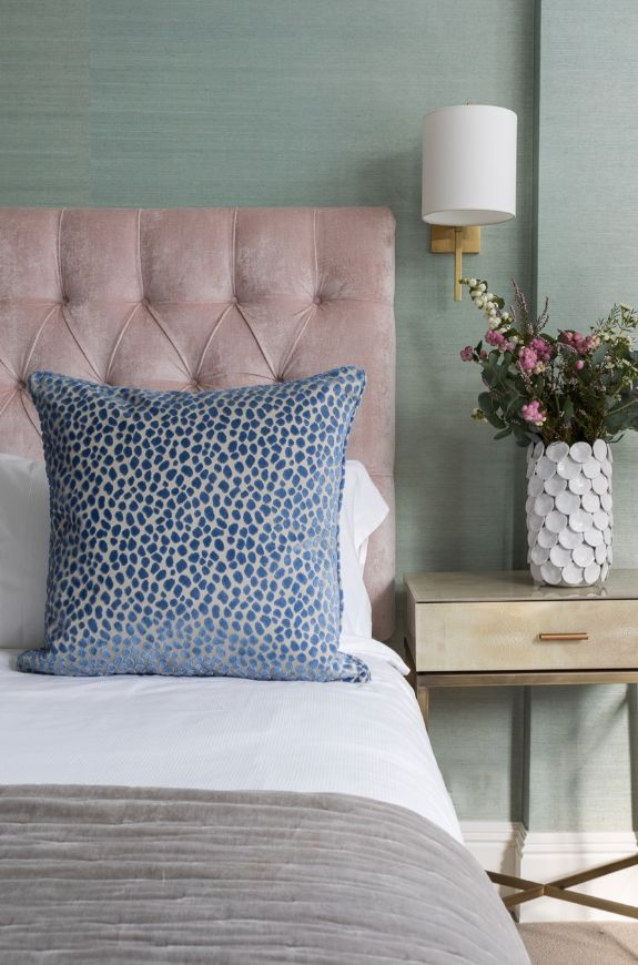 interior-designer-laura-stephens-interview-oh-whats-this