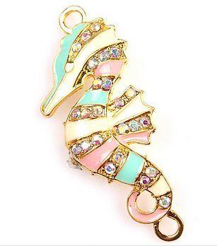 Connector Zeepaardje Rhinestone Emaille | Goudkleur | Xitin Beads & Jewelry www.xitin.nl