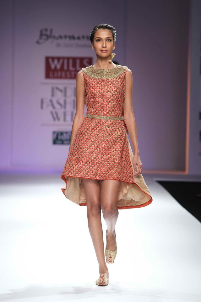 Scarlet Bindi - South Asian Fashion: Wills Lifestyle Fashion Week Spring/Summer 2013: Day 3