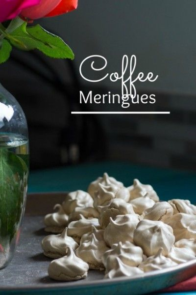 Coffee Meringues I LOVE meringue cookies! But I've never tried COFFEE meringues! Oh my gosh I wanna make these delicious things!