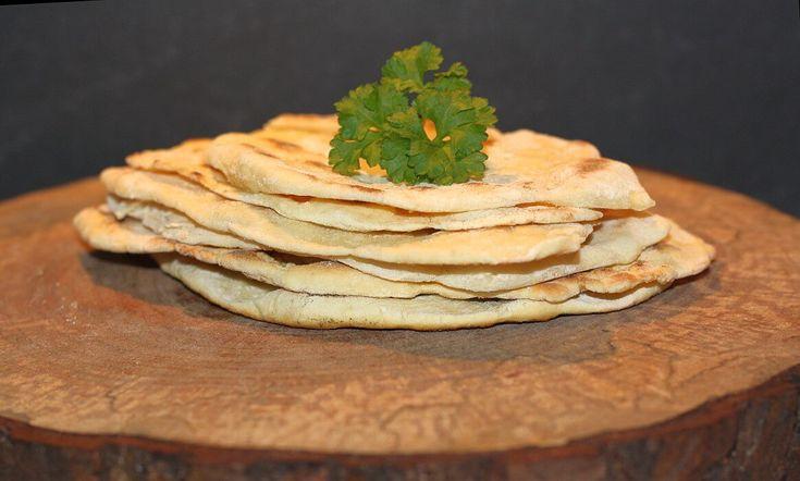 Naan-Brot selber machen - Rezept für die indischen Brotfladen