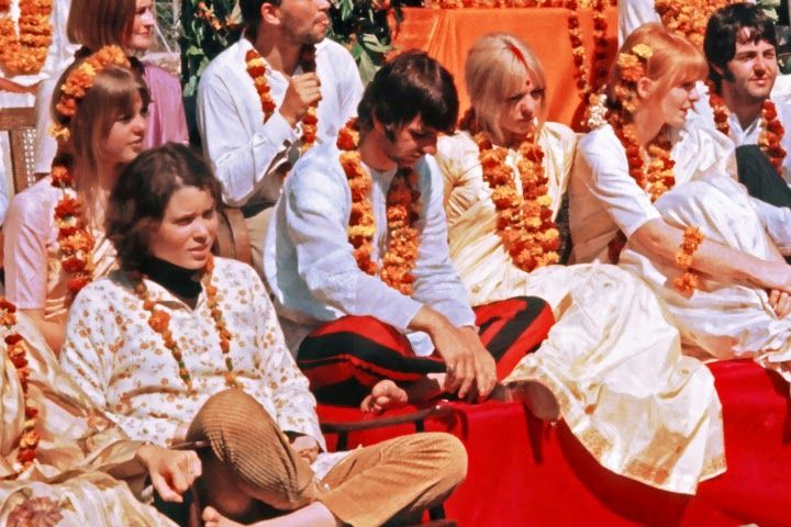 From left: Prudence Farrow, Ringo Starr, Pattie Boyd (?), Jane Asher  (/) and Paul McCartney.