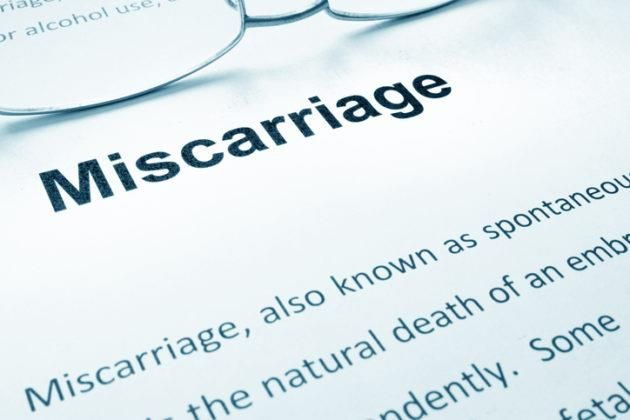 Here is a detailed guide to causes, symptoms, risks, and warning signs of miscarriage, how to cope, tips to prevent, chances of conceiving, and risk of another miscarriage. #pregnancy #pregnant #parenting #parenthood #moms #mother #dads #father #momlife #dadlife #kids #children #family #miscarriage {#kids #baby #trendykiddies #parenting #kidzstyle #kidsfashion #babyfashion}