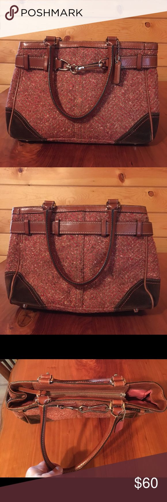 """Coach Handbag 👜 Coach Scaro Hampton Herringbone Tote. F11215 Cam Rose, Tweed fabric & Leather trim. Silver hardware, Top Zip closure, metal bottom feet for protection. Interior fabric lining, inside zip pocket, cellphone and multifunction pockets. Leather straps 6-1/2"""" drop.  12-1/2"""" (L) x 8-1/2"""" (H) x 4-3/4"""" (D).  GUC Coach Bags Totes"""