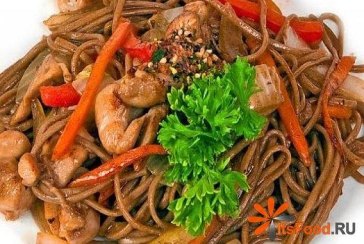 Гречневая лапша с семгой и креветками http://ricettio.com/recipe-1718-grechnevaya-lapsha-s-semgoy-i-krevetkami  Соба – это ароматная и очень вкусная гречневая лапша, которая чаще всего используется в японской кухне. Она превосходно сочетается с различными овощами и морепродуктами, дополняя их гречневыми нотками. Поэтому предлагаем вам легкий и простой рецепт приготовления вкуснейшей гречневой лапши с кусочками семги и креветками под сливочно-сырным соусом. С такой комбинацией вкусов и…