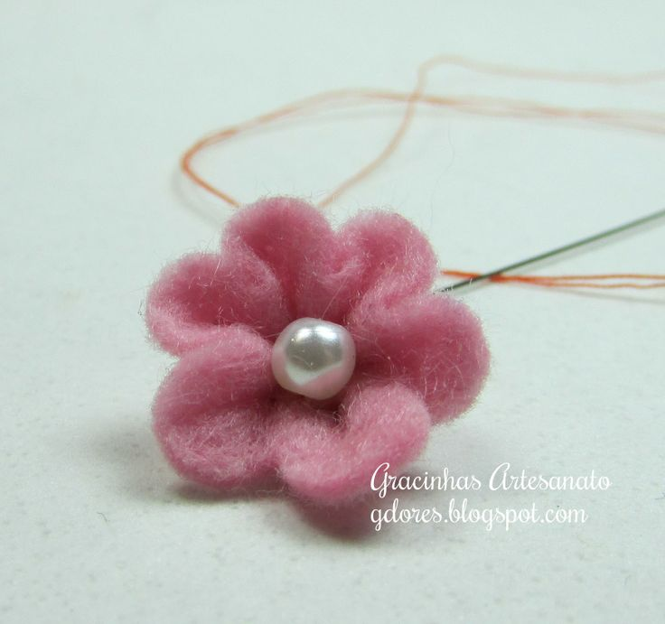 Felt flower tutorial | Gracinhas Artesanato