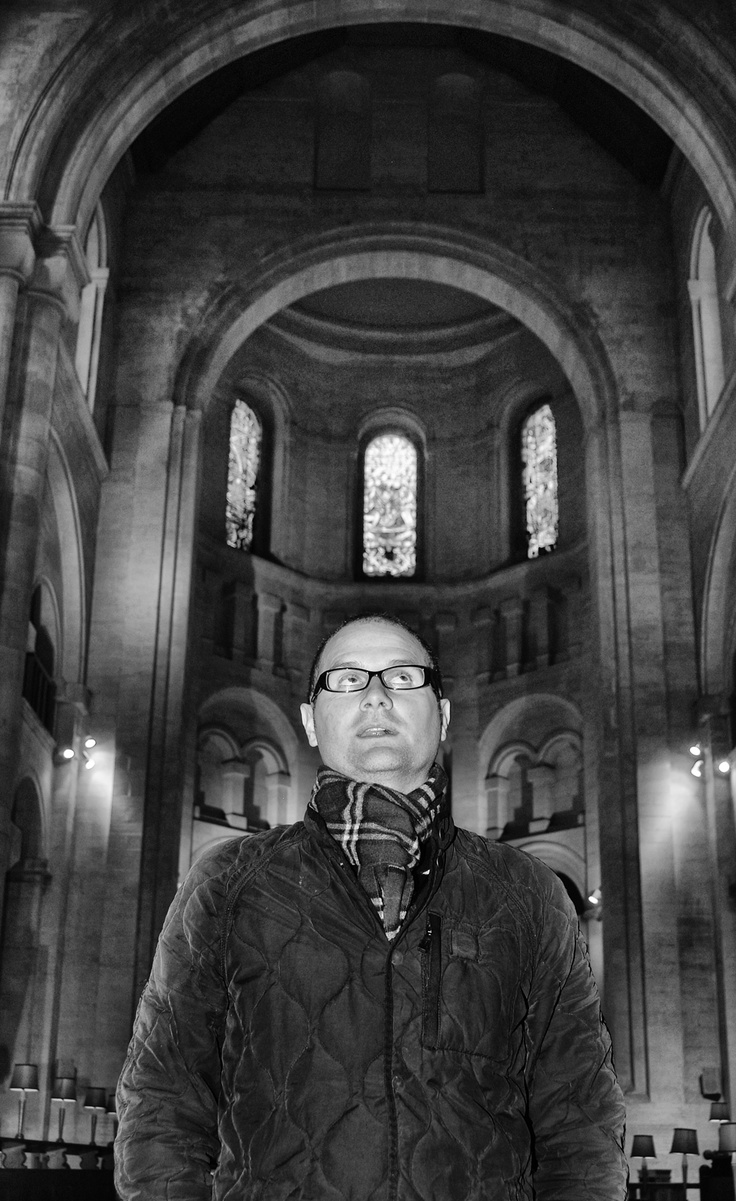 #robbell #belfastcathedral #fuelevents #teacher #photography #portrait #dropslikestars #tour #belfast