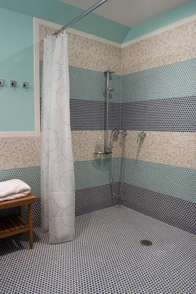 """luv the tile floor and open shower concept w/tile surround...not sure about the color """"mix"""" on the walls"""