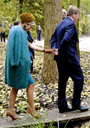 """27 October: King Willem-Alexander and Queen Máxima visited Almelo and Northeast Twente in Oud Ootmarsun. The focus of the visit was heritage as future capital."" """