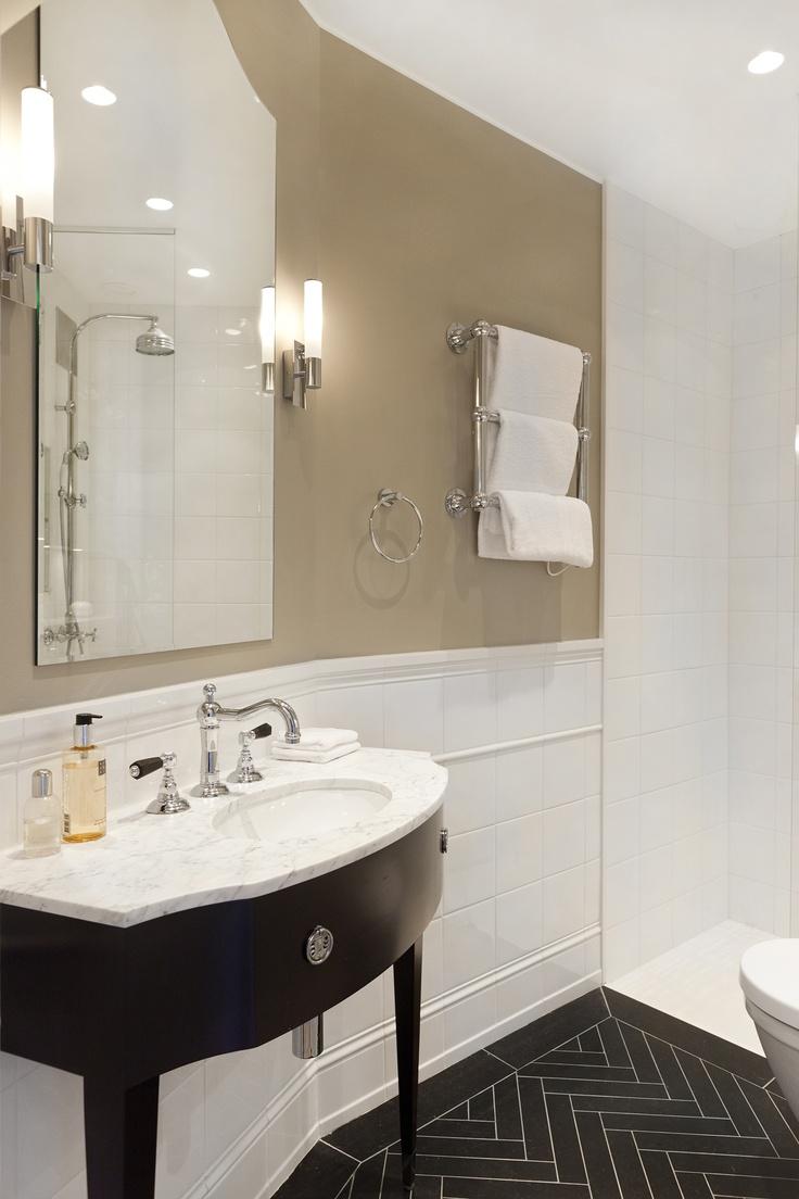 www.jeysenolesen.se © : master bathroom design : residential project, stockholm : custom made vanity , herringbone limestone floor