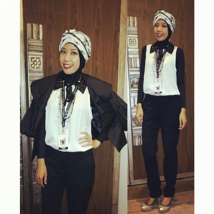 Black and White. Wear this on work. I'm having an event (WTO-MC9 2013) in Nusa dua, Bali for almost 2 weeks.