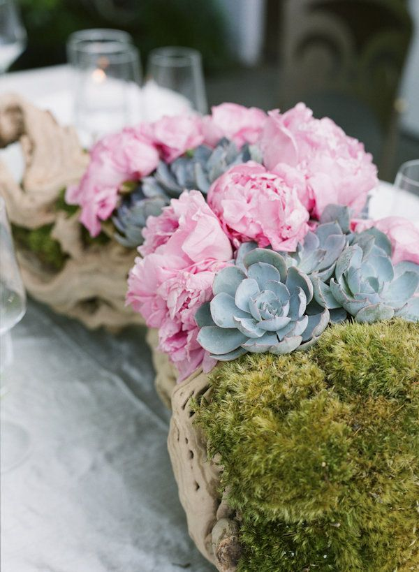 Peonies. succulents. moss. driftwood. Photography by giacanali.com, Wedding Planning by yifatoren.com
