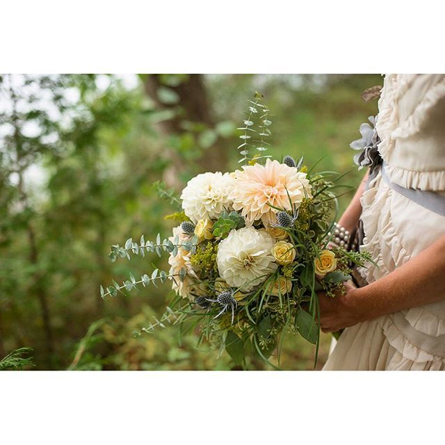 The perfect bouquet for an Algonquin wedding.