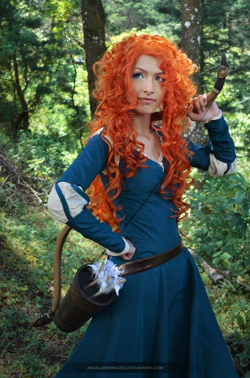 1000 images about cosplay brave merida 39 s hunting green dress and formal blue dress on - Deguisement rebelle adulte ...