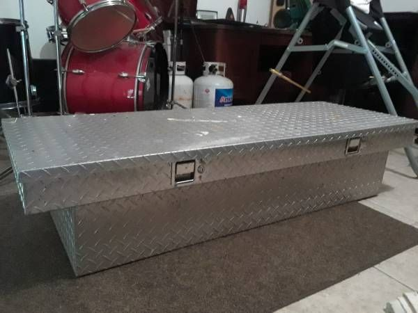 Truck bed tool box (Palm Bay NW) $100