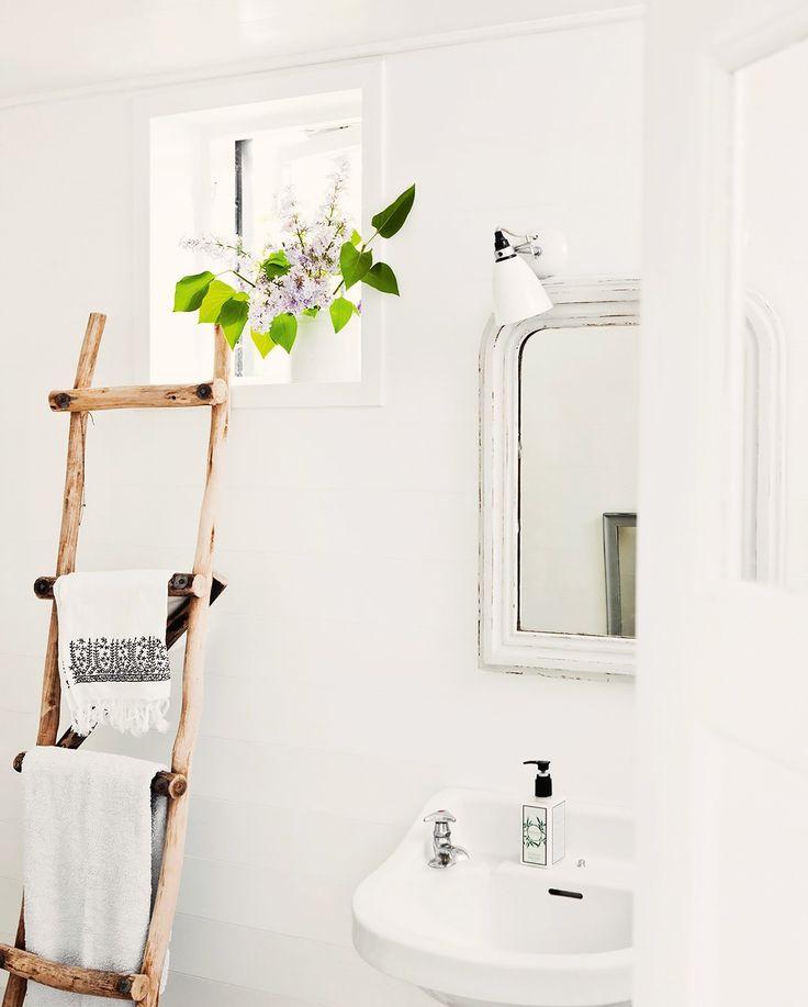 Simplicidade no lavatório ✿