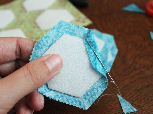 Sometimes, it's fun to create with sewing, away from the sewing machine. Give your machine a rest with this fun DIY project, a hexagon bracelet tutorial that requires a little bit of hand sewing for an awesome result.