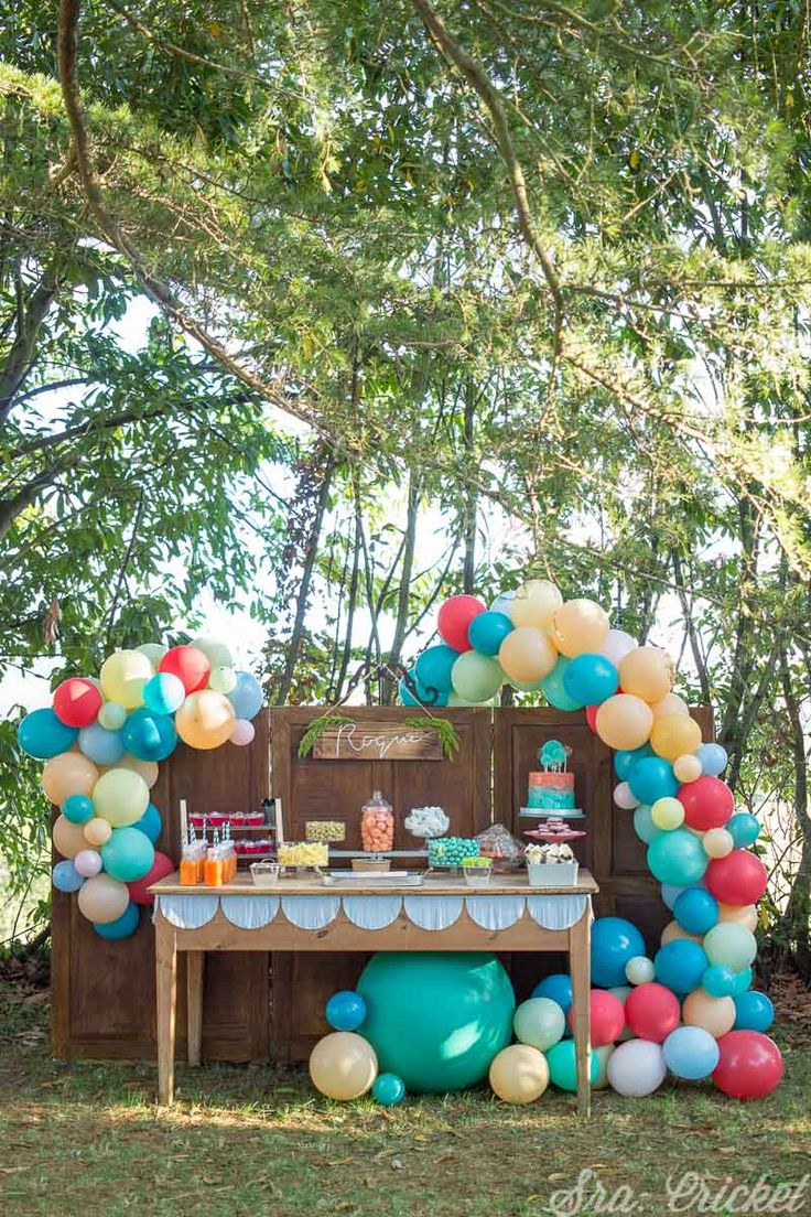party decorations - 4 Stars & Up / Party Supplies: Toys & Games Diy Party, Party Favors, Party Ideas, Candy Bar Comunion, Party Food And Drinks, Fun Cocktails, Hostess Gifts, Fourth Of July, Party Planning