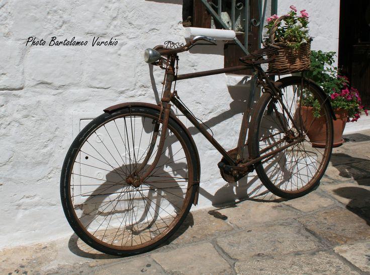 Ostuni Brindisi Puglia....bicicletta shabby chic