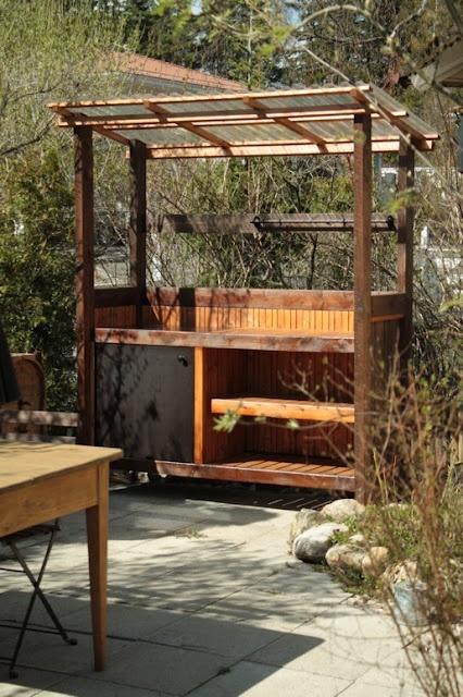 kesäkeittiö: Gardens Ideas, Kitchens, Backyard Ideas, Alot Ideas, Gardens Structure, Ideoita Riihelle, Outdoor, Maison Afrique, Campsite Stuff