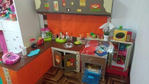 Cocina de cartón  para niñas versión Gabyta