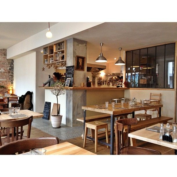 La Petite Fabrique à Paris, Île-de-France Restaurant Bio Brunch 21€ http://unpetitpoissurdix.fr/2013/04/15/brunch-a-la-petite-fabrique/