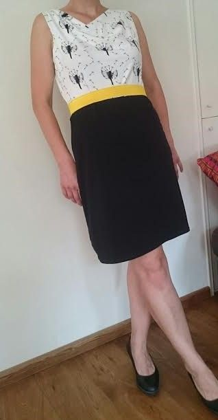 Love this Audrey dress from the book Famous Frocks with dandelions by moredresses4me.blogspot.nl