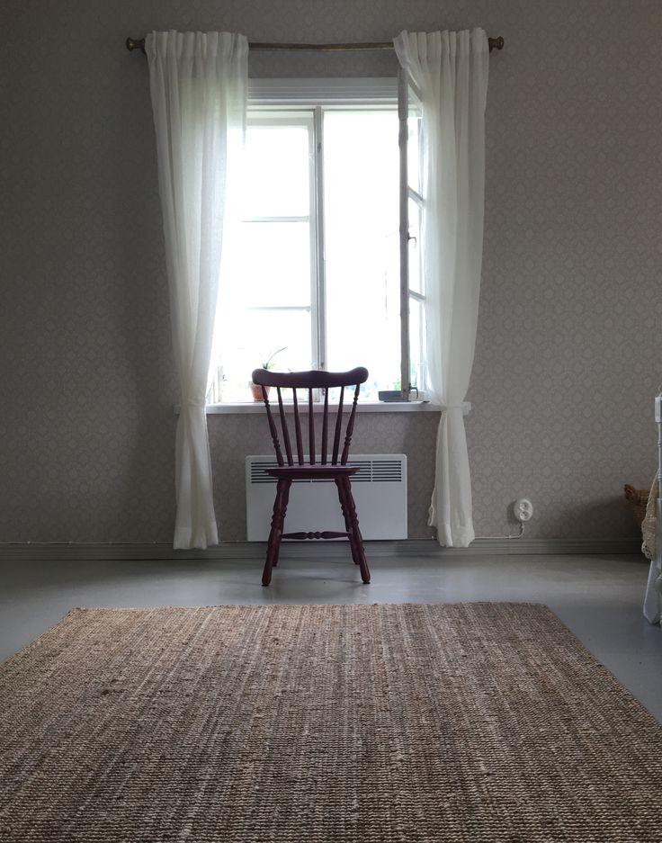 Ikea Lohals rug, Annie Sloan chalk paint (primer red)