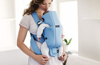 babybjorn baby carrier original-leg-position