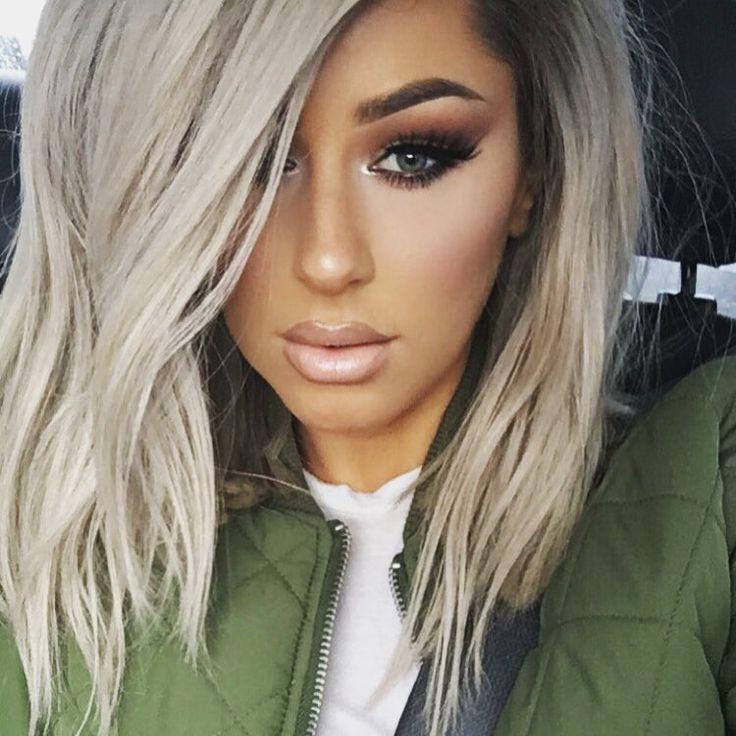 """ love u guys!  Hair: @desirhair  Lip: #MAC Myth lipstick w/ Oak and Stone liner  Highlight: @anastasiabeverlyhills So Hollywood  #Chrisspy #motd"""