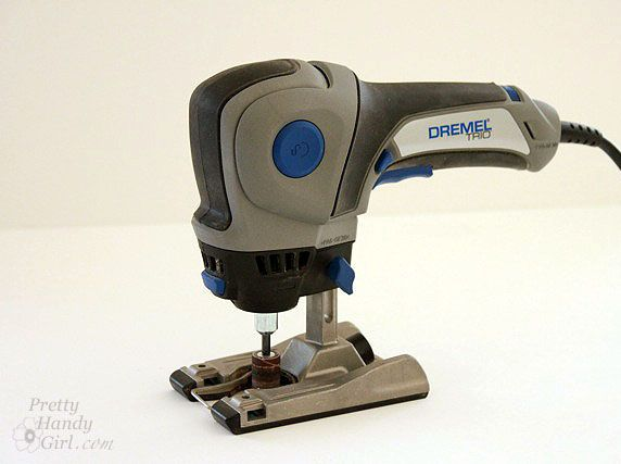 How to use a Dremel TRIO-- Router, Jigsaw and regular dremel tool. Lots of different bits can fit into this.