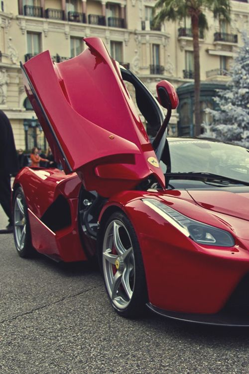 """LaFerrari via P.Meli """