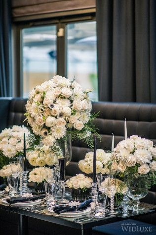 White roses centerpiece for the Wedluxe magazine by Flowers Time