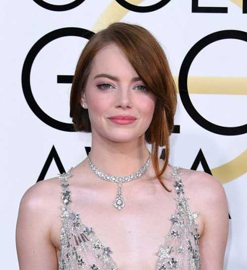 Celebs with Short Hair at the Golden Globes 2017: #1. Emma Stone