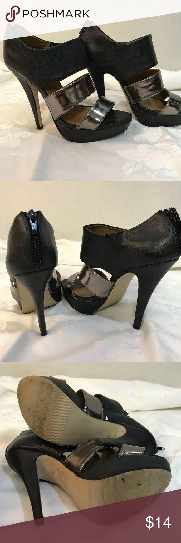 Madden Girl Juniperr Heels Madden Girl Juniperr Platform Heels. Women's size 8z Great Condition- see pics. Zip up heel, black and silver straps. Madden Girl Shoes Heels