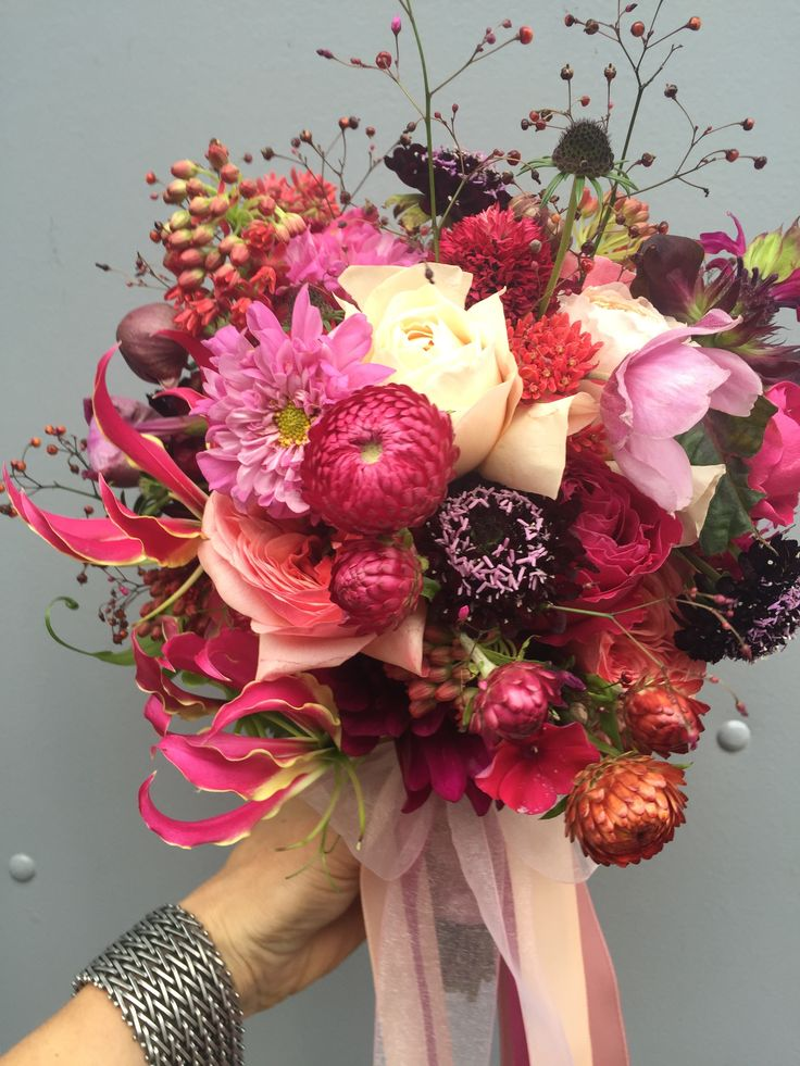 Flowers & Weddings Different kinds of Pink