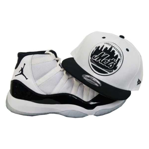 ab763261962c6 Matching New Era New York Mets Snapback for Jordan 11 White Black Concord