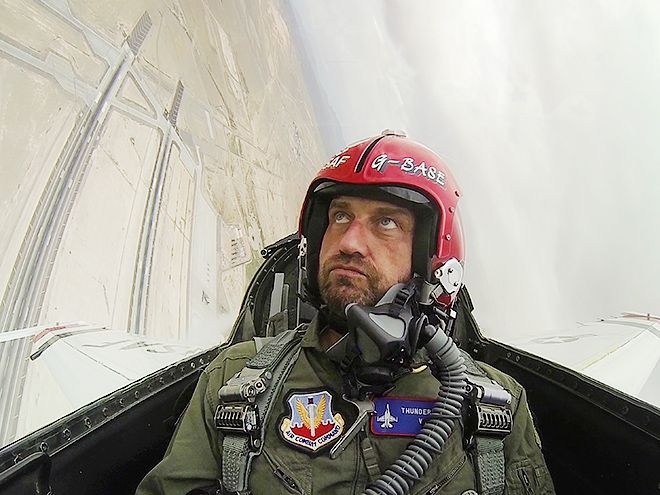 Star Tracks: Tuesday, March 8, 2016 | THE SKY'S THE LIMIT | London Has Fallen star Gerard Butler takes in the view from the top as a guest of the United States Air Force Thunderbirds at the Las Vegas Nellis Air Force Base.